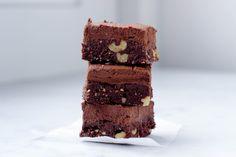 Ik heb al veel verschillende vegan brownies geprobeerd. Maar deze vegan brownie is by far het meeste gemaakt. De combinatie van raw brownie met zachte caramel creme echt het einde!