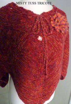 "Pelerine tricotée main ""MAYA"" - tricot modulaire : Pulls, gilets par misty-tuss-tricote"