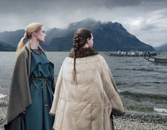 Germanic women Scandinavian (Thulean?) Germanic women from the Pre-Roman Iron Age (4th-1st centuries BC).