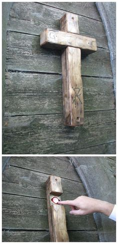 Cool geocache in Belgium.  However, I'd want a good hint; pulling at crosses to see if they come apart isn't a good behaviour to encourage unless you know for sure that's the spot.  #IBGCp