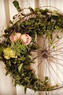 13 redirected items for an environmentally friendly wedding - - Marriage Decoration, Floral Hoops, Pallets Garden, White Peonies, Fairy Lights, Grapevine Wreath, Grape Vines, Wedding Decorations, Decor Wedding