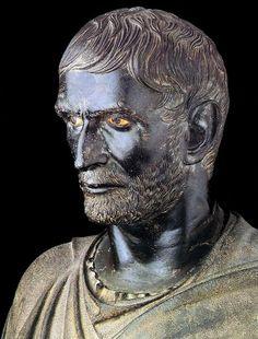 LUCIO JUNIO BRUTO. Uno de los fundadores de la República romana y uno de los más famosos personajes de la historia romana. Nació en fecha indeterminada y murió en el 509 a. C.