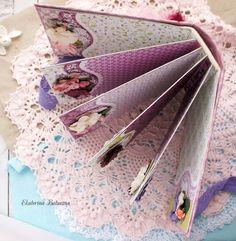 Бумажный кораблик: Сиреневый мини-альбом для Mr.Painter из коллекции месяца