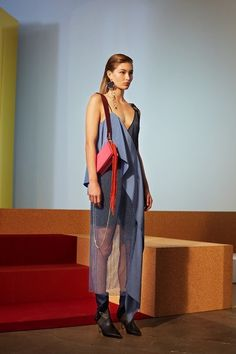 View the complete Diane von Furstenberg Fall 2017 ready-to-wear collection.