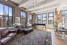448 West 37th Street, condo, midtown, living room