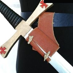 Otro tahalí. #hechoamano #artesanía #diseñosunicos #medieval