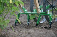 Our Spreader Bar Bonus attachment for the Hoss Double Wheel Hoe allows you to weed both sides of the row in one pass by straddling the row when plants are small. This works great for keeping weeds under control in those early fall gardens. Available at https://hosstools.com/product/spreader-bar-bonus-buy.