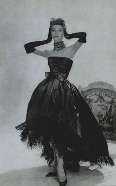 Yves Saint Laurent for Dior evening wear, 1959.
