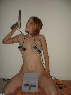 Ultra Sexy Gamer Girls (21 Photos)