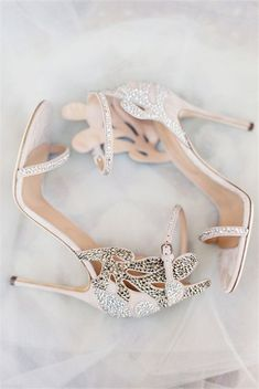 27 Stylish and Charming Nude Wedding Shoes for 2018 trend!#weddingshoes #weddings #nudeweddingideas