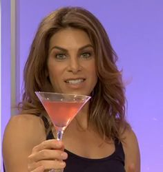 Jillian gives 3 of her very own cocktail recipes that are 130 calories or less!!!