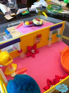 DIY Travel Doll House in plastic box - use for road trips, restaurants, dr's offices, etc.  SUPER cute.
