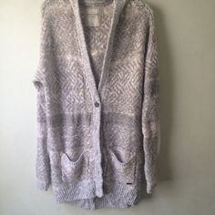 Abercrombie Duster Cardigan Size M/L. NWOT. Too big for me so never worn. Beautiful tribal design. For measurements, please ask only if seriously interested :) Runs a bit big, so more ideal for L. Any other questions please ask! Abercrombie & Fitch Sweaters Cardigans