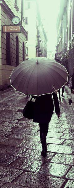 a stroll through the rain with a beautiful umbrella. Rain Umbrella, Under My Umbrella, Walking In The Rain, Singing In The Rain, Arte Black, I Love Rain, Rain Go Away, Rain Days, Parasols