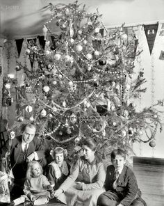 Vintage Holiday: Dickey Family Christmas: 1912