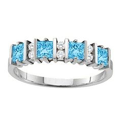 """Echo"" 2-6 Princess Cut Stones Ring With Accents #jewlr"