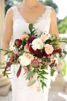 Emerson Events did an amazing job with this bouquet! | Photography: Aaron Snow Photography | Wedding Inspiration | Brides of Oklahoma #bridesofok #oklahomawedding #bouquet