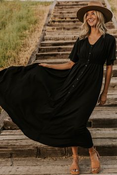 Little black dresses are a closet must have, bring your wardrobe to a whole new level with a black maxi! More styles available at your favorite Utah based boutique, ROOLEE!