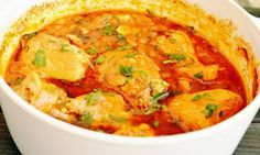 Ostropel de pui One Pot Wonders, Romanian Food, Romanian Recipes, Thai Red Curry, Chicken Recipes, Clean Eating, Food And Drink, Cooking Recipes, Yummy Food