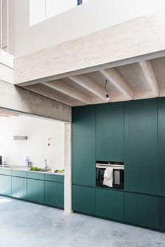 Office Interior Design, Kitchen Interior, Interior Decorating, Warehouse Living, Rose House, Industrial Kitchen Design, Loft, Green Kitchen, Minimalist Kitchen