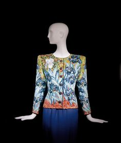 Yves Saint Laurent, Short evening ensemble, tribute to Vincent Van Gogh, haute couture collection, Spring-Summer 1988. Jacket embroidered with sequins and pearls; green crepe blouse; purple crepe skirt. © Fondation Pierre Bergé-Yves Saint Laurent, Paris / Photo A. Guirkinger
