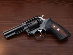I: Ruger Renowned for its ruggedness and manageable recoil. Survival Weapons, Weapons Guns, Guns And Ammo, Survival Gear, Tactical Survival, Crossbow Hunting, Hunting Rifles, 357 Magnum, Ruger Revolver
