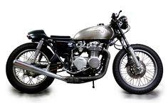 Honda CB500 Cafe Racer. Love the natural metal tank.