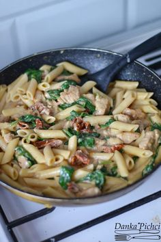 Makaron po florencku - Danka Pichci Penne, Mozzarella, Pasta Salad, Risotto, Healthy Recipes, Meals, Chicken, Cooking, Ethnic Recipes