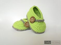Crochet Baby Booties  Evergreen Lime  Crochet by CrobyPatterns $4.99