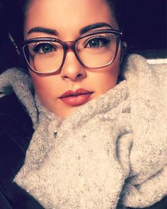 20 Cute Girls Wearing Glasses Ideas To Try. Gato Com OculosOculos ... 3d3ee696c7