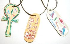 Make your own amulets! Ancient Egypt Activities, Ancient Egypt Crafts, Egyptian Crafts, Egyptian Party, Elf Christmas Decorations, Red Pyramid, Pyramids Egypt, World Thinking Day, Art Antique