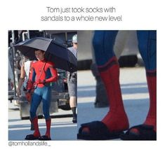 Tom holland makes me wanna wear socks with sandals now Funny Marvel Memes, Dc Memes, Marvel Jokes, Funny Memes, Hilarious, Marvel Actors, Marvel Dc, Tom Holland Peter Parker, Mundo Comic
