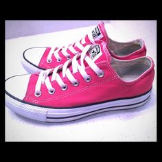 Pink Converse M6, W8 Barely worn! Converse Shoes Sneakers