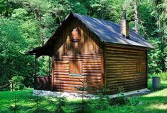How To Move Off The Grid For $10k | Are you interested in starting an off the grid lifestyle?