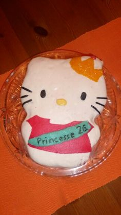 My second Hello Kitty Cake