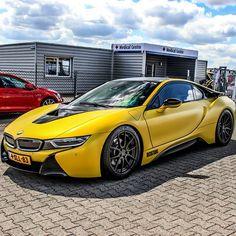 BMW i8                                                                                                                                                                                 Mais