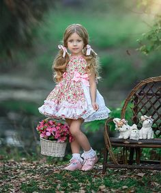50 ideas sewing photography pictures girls for 2019 Cute Little Girl Dresses, Girls Dress Up, Cute Little Girls, Baby Dress, Flower Girl Dresses, Kids Outfits, Cute Outfits, Classic Photography, Picture Outfits