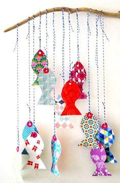 Mobile de poissons multicolores #Chouette #DIY #MondeMarin