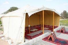 Bedouin. Loops for hanging walls