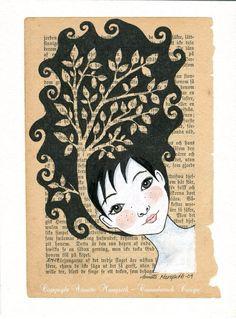 I love this artist: Annette Mangseth :-))  http://epla.no/handlaget/produkter/747924/    Dette er en original mixed media tegning / illustrasjon. Akryl maling og tusj på en gammel bokside fra 1896. Montert på syrefritt 300g kvalitets kartong. Tittel - Tre jente Signert original. Motiv format - bokside - 14,5 x 21 cm. Papir format - 18 x 24 cm