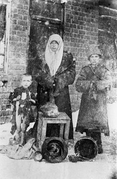 A starving woman fed her dead daughter to her surviving children to keep them alive in the Chelyabinsk province