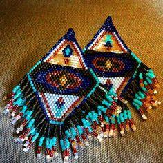 #brickstitch #delicas #earrings #miyuki perles @tomadellarocco