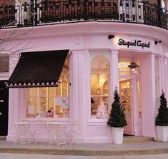 Nona's storefront bakery