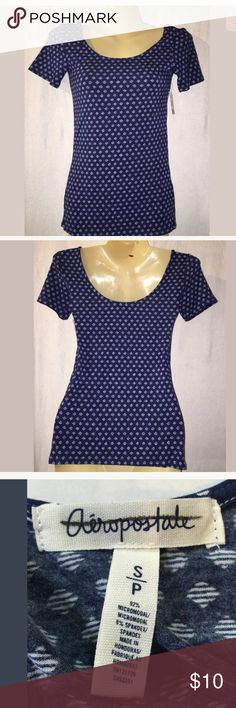 """Aeropostale Women's Juniors Blouse Small Blue Aeropostale Women's Juniors Blouse Small Short Sleeve Blue New With Tags Length: 23"""" Armpit to armpit: 13"""" Aeropostale Tops Blouses"""