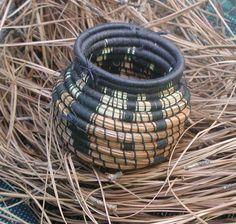 Pineneedle baskets | pine-needle-basket-2.jpg