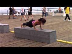 Power Yoga en Santa Monica Pier