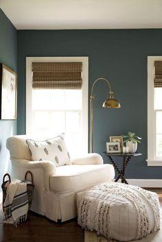 17 Stunning Master Bedroom Design Ideas – Modern Home Bedroom Color Schemes, Bedroom Colors, Bedroom Themes, Decoration Bedroom, Home Decor Bedroom, Living Room Decor Blue Walls, Wall Decor, Blue Living Room Walls, Living Room Nook
