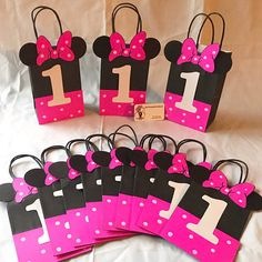 Handmade minnie mouse party bags. Please do not order last minute and expect them to be ready right away. I ask for at least 2 weeks in advance notice.