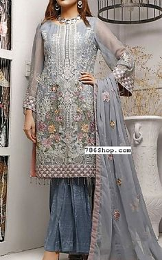 Online Indian and Pakistani dresses, Buy Pakistani shalwar kameez dresses and indian clothing. Chiffon Dresses, Chiffon Shirt, Chiffon Fabric, Pakistani Party Wear Dresses, Pakistani Lawn Suits, Fashion Pants, Fashion Dresses, Gray Dress, Indian Outfits