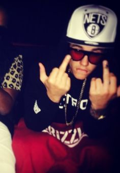 Justin Bieber FELONY Charge, Deported? - http://oceanup.com/2014/01/11/justin-bieber-felony-charge-deported/